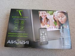 "INSIGNIA 7"" DIGITAL PHOTO FRAME/NEW IN BOX"