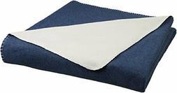 AmazonBasics Reversible Fleece Blanket - Full/Queen, Navy/Cr