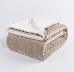 """Reversible Fuzzy Throw 50""""x60"""" Soft and Lightweight Sherpa B"""